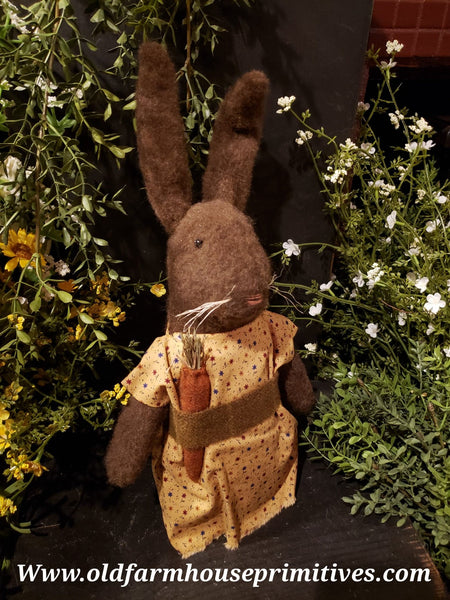 "#ECBR3 Primitive Chocolate Rabbit ""Tanya"" 🐰Wearing Star Floral Dress (Made In USA)"