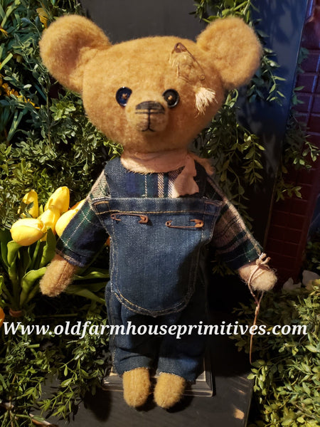 "#RM28 Primitive Tattered And Torn Boy Bear ""Billy"" (Made In USA)"