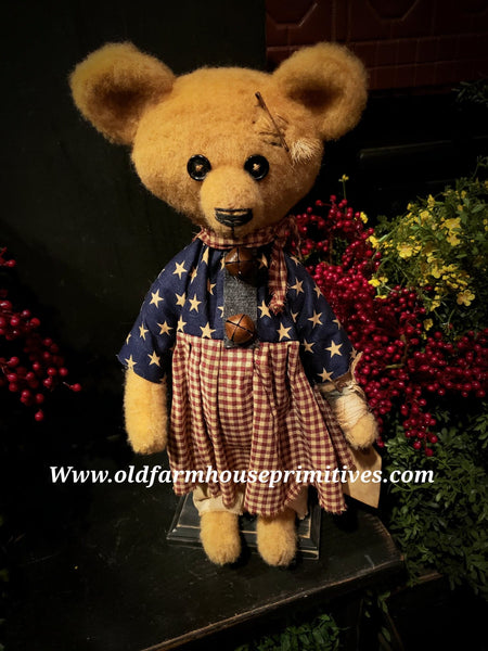 "#RM79 Primitive Tattered And Torn Girl Bear 🐻 ""Madge"" (Made In USA)"