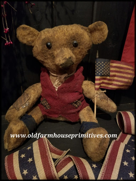 "#RP29 Primitive Americana Sitting Boy Bear ""Franklin"" (Made In USA)"
