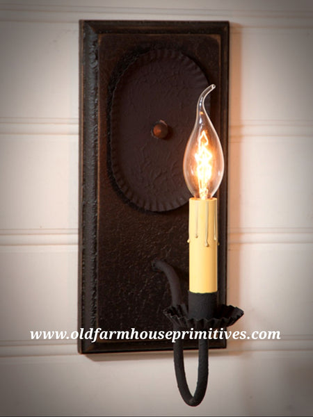 Wilcrest Sconce in Black (Made In USA)