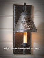 Crestwood Sconce in Black (Made In USA)