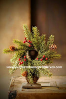 #LH51 White Spruce With Berries Candle Ring