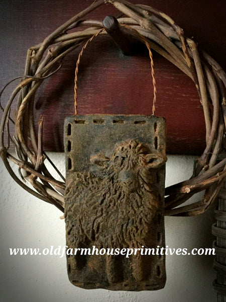 #PBBW529 Primitive Blackened Beeswax Sheep Ornament (Made In USA)