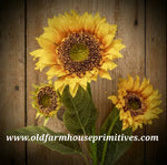 #RHN48 Triple Yellow Sunflower Pick