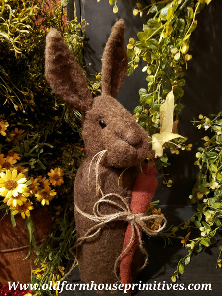 #TBHBR1 Primitive Chocolate Brown Standing Rabbit Holding Carrot (Made In USA)