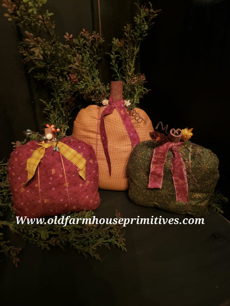 #BRFP6 Primitive Set Of 3 Fall Fabric Pumpkins 🎃 (Made In USA)