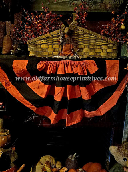 #HB1 Primitive Black & Orange Halloween Bunting