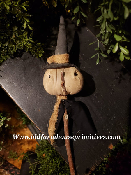 #POTCWH Primitive Witch Head Poke On Stick (Made In USA)