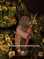 #MQ8 Primitive Rabbit On Stand Holding Carrot 🥕 (Made In USA)