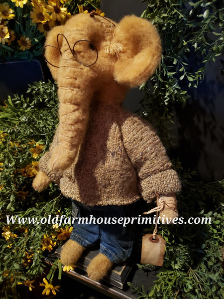 "#RM41 Primitive Tattered & Torn Standing Boy Elephant 🐘 ""Roscoe"" (Made In USA)"