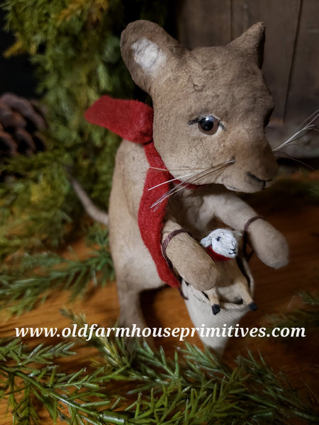 #CY57 Craig Yenke Christmas Mouse With Sack (Made In USA) More On Order!