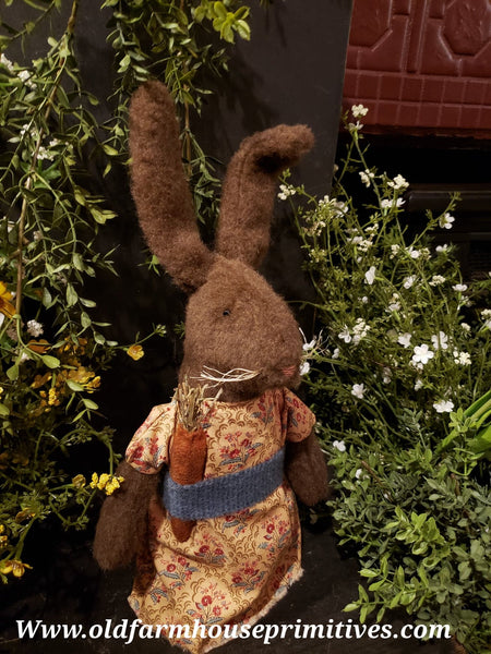 "#ECBR2 Primitive Chocolate Rabbit ""Tilly"" 🐰Wearing Floral Dress (Made In USA)"