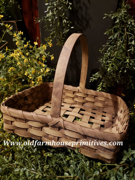 "PBBGN38 Primitive Handmade ""Buttermilk With Brown"" Pie Basket (Made In USA)"