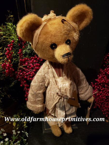 "#RM75 Primitive Tattered And Torn Girl Bear 🐻 ""Dorothy"" (Made In USA)"