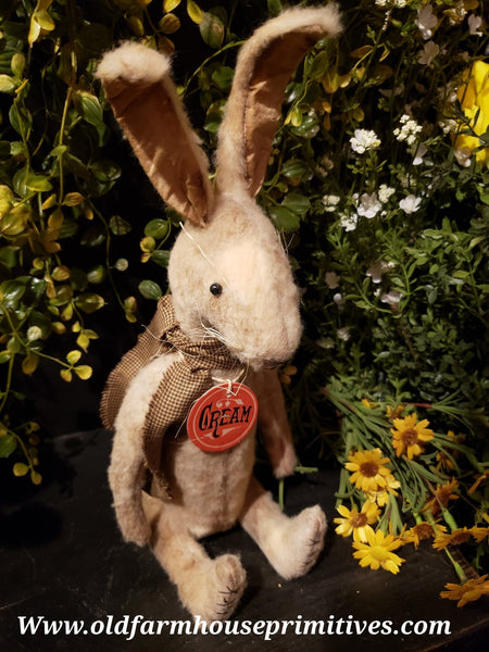 #PRHC5 Primitive Sitting Cream Rabbit 🐰 (Made In USA)