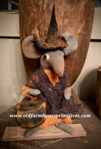 #LTF3 Primitive Pantry Witch Mouse 🐭 With Cauldron (Made In USA) ★IN STOCK!★
