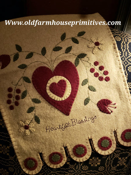 #PVT2 Primitive Heartfelt Blessings ♥️Table Runner BACK IN STOCK!