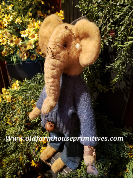 "#RM33 Primitive Medium Size Tattered & Torn Standing Boy Elephant 🐘 ""Otis"" (Made In USA)"