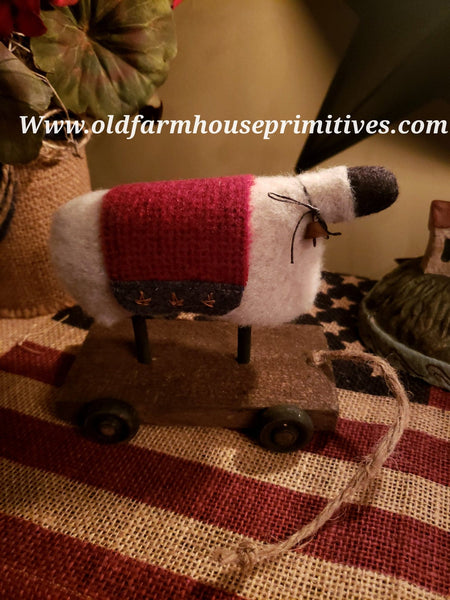 "#MC2A Primitive ""Mini"" Americana Sheep 🐑  Pull Toy (Made In USA)"
