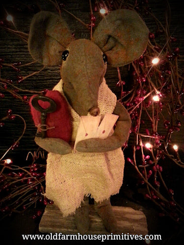 #LT22 Primitive Valentine Mouse (Made In USA) #1 Seller