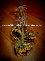 #DSF2 Primitive Dried Sunflowers (Set Of Three) 🌻🌻🌻 BACK IN STOCK!