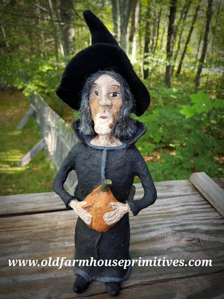 "#CY97 Craig Yenke ""Witch Holding Pumpkin"" (Made In USA) MORE ON ORDER!"
