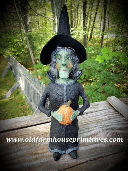 "#CY97G Craig Yenke ""Green Witch Holding Pumpkin"" (Made In USA) MORE ON ORDER!"
