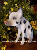 "#CY65C Craig Yenke Medium Sitting ""Cream Spotted"" Pig (Made In USA)"