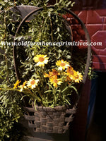 "#PBBGN4 Primitive Handmade Black With Brown ""Tulip"" Wall Basket With Handle (Made In USA)"