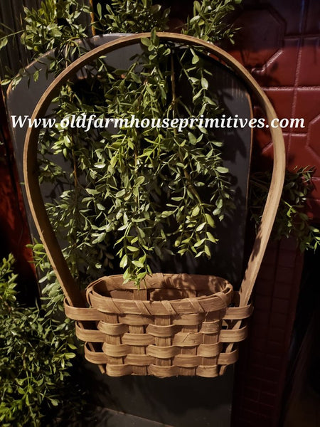 "#PBBGN1 Primitive Handmade Buttermilk With Brown ""Tulip"" Wall Basket With Handle (Made In USA)"