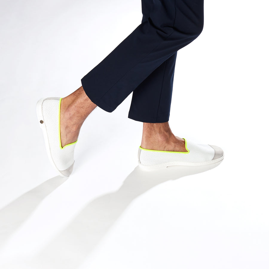 Leather Slip-On Cuir Trial Homme ANGARDE summer afterwork blanc et jaune vue biais
