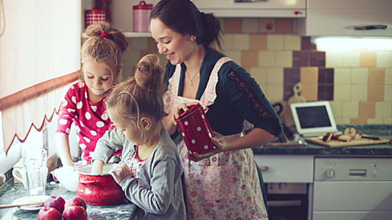 Cooking with Kids: 13 Great Recipes and Useful Tips