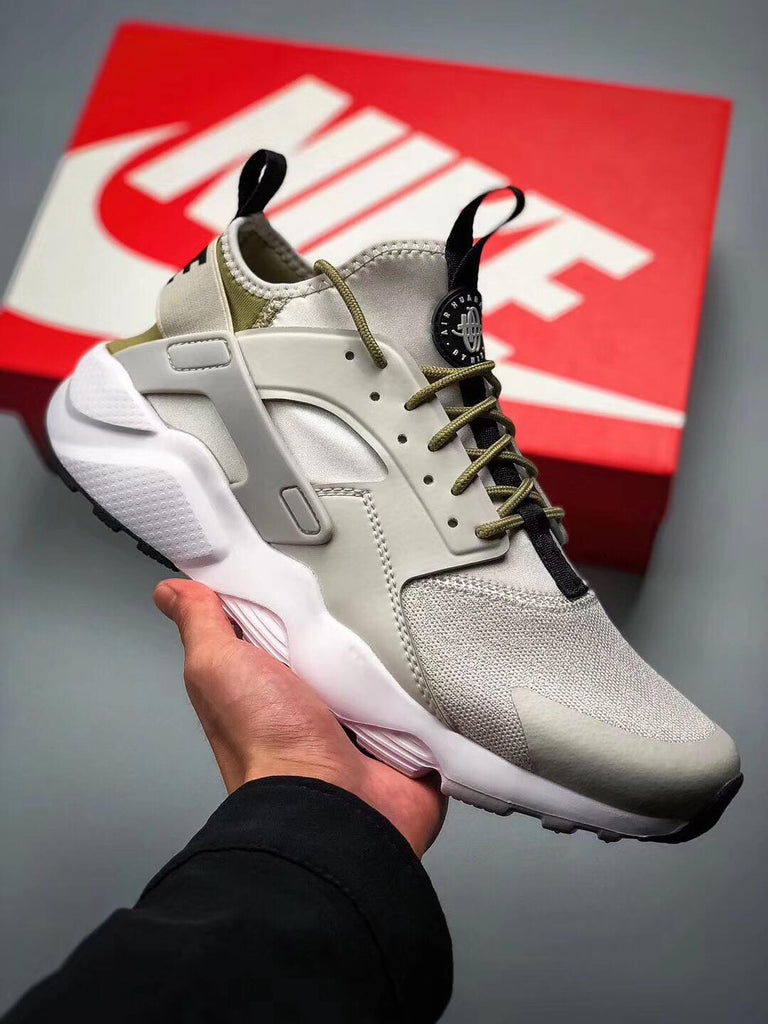 super popular f6e68 3b30f Nike Air Huarache Run Ultra