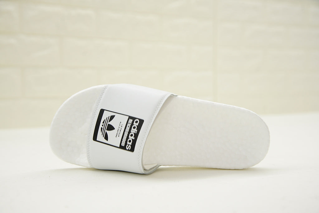 "NEIGHBORHOOD x Adidas Originals Adilette ""BOOST"" Slides 'White' (Top)"