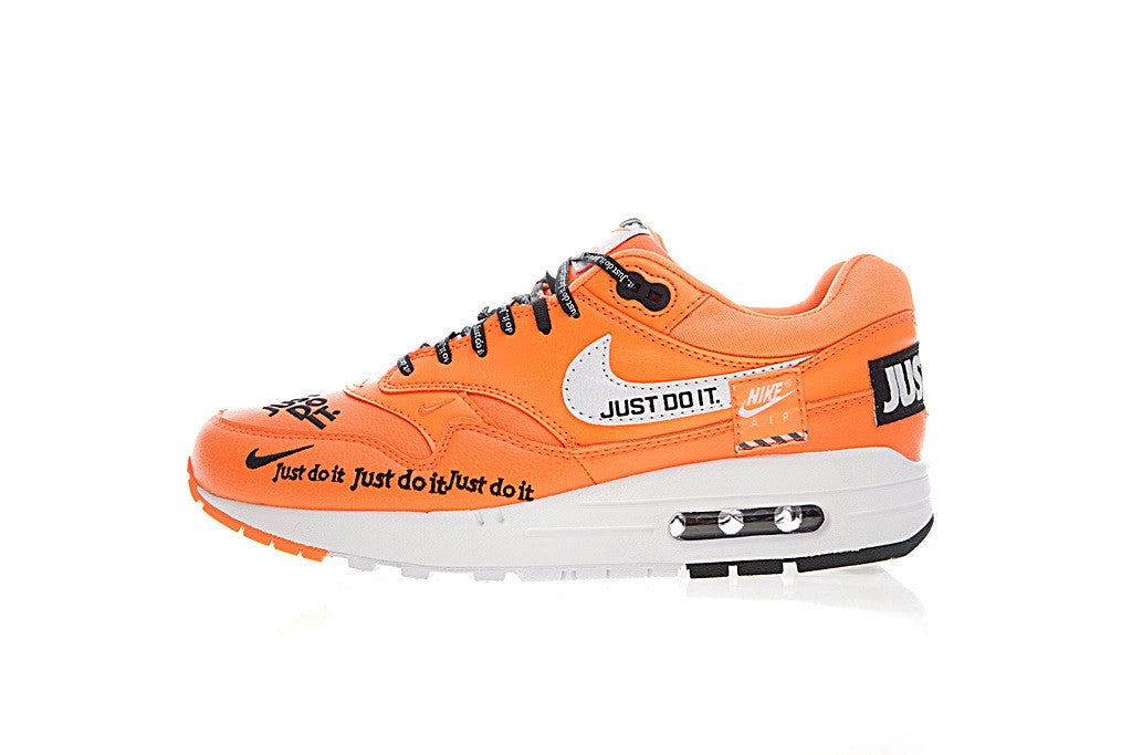 40d1d7732ce59 Nike Air Max 1 Just Do It