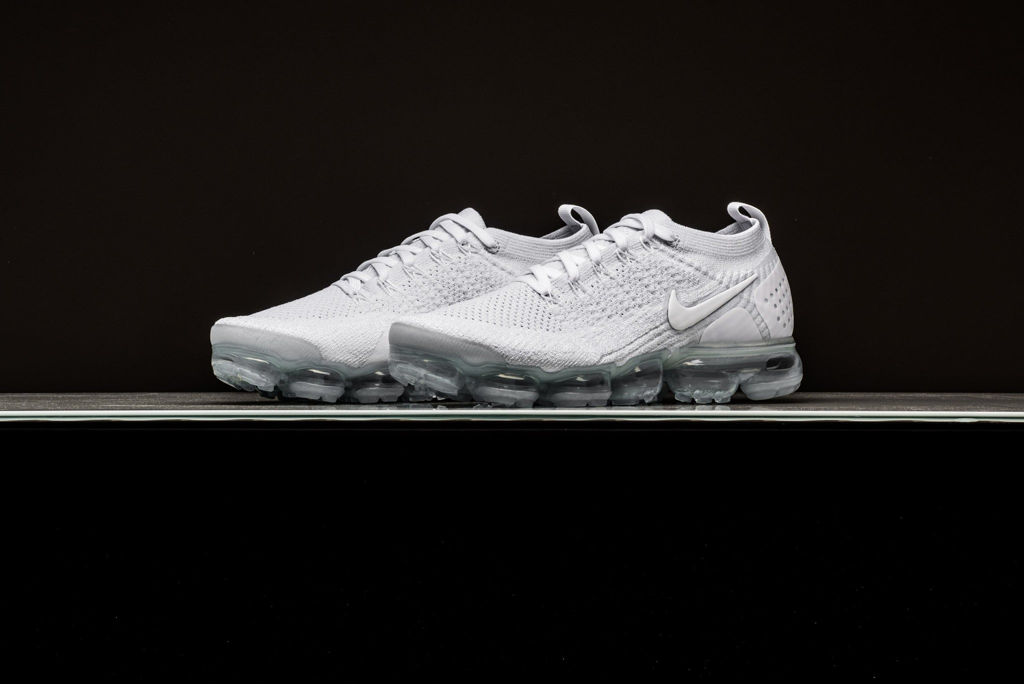 detailed look ad07e 2db22 Nike Air VaporMax Flyknit 2.0