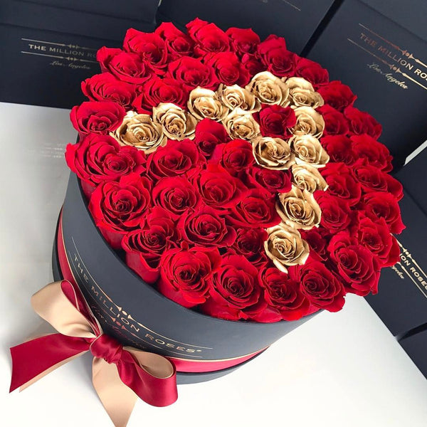 The Million Roses Europe - Medium - Custom Personalised Box Delivered Anywhere in Europe