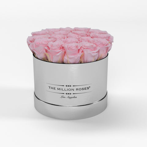 Classic - Soft Pink Eternity Roses - Mirror Silver Box - The Million Roses Europe