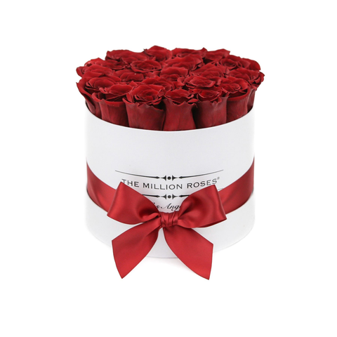 Classic - Red Eternity Roses - White Box - The Million Roses Europe