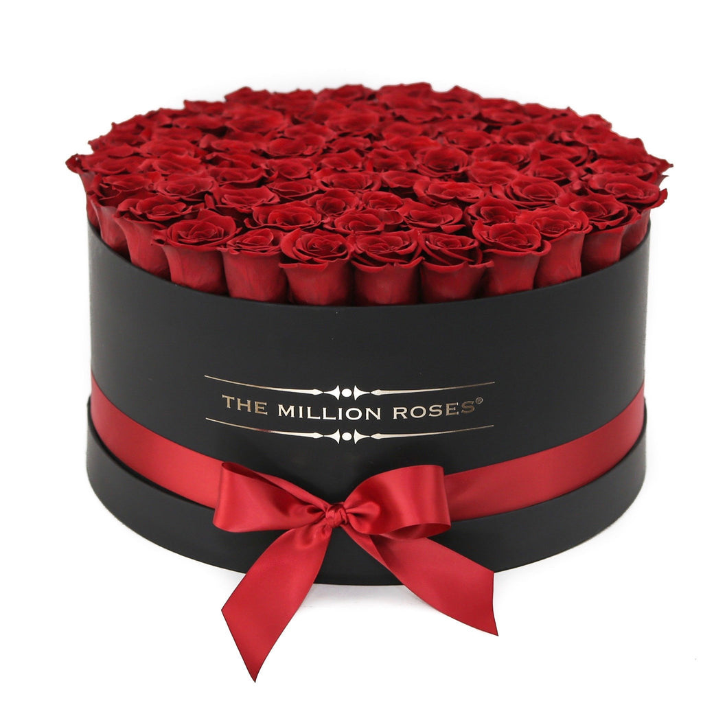 the million roses europe the million large luxury box red eternity roses black box. Black Bedroom Furniture Sets. Home Design Ideas