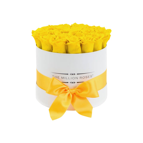 Classic - Light Yellow Eternity Roses - White Box - The Million Roses Europe