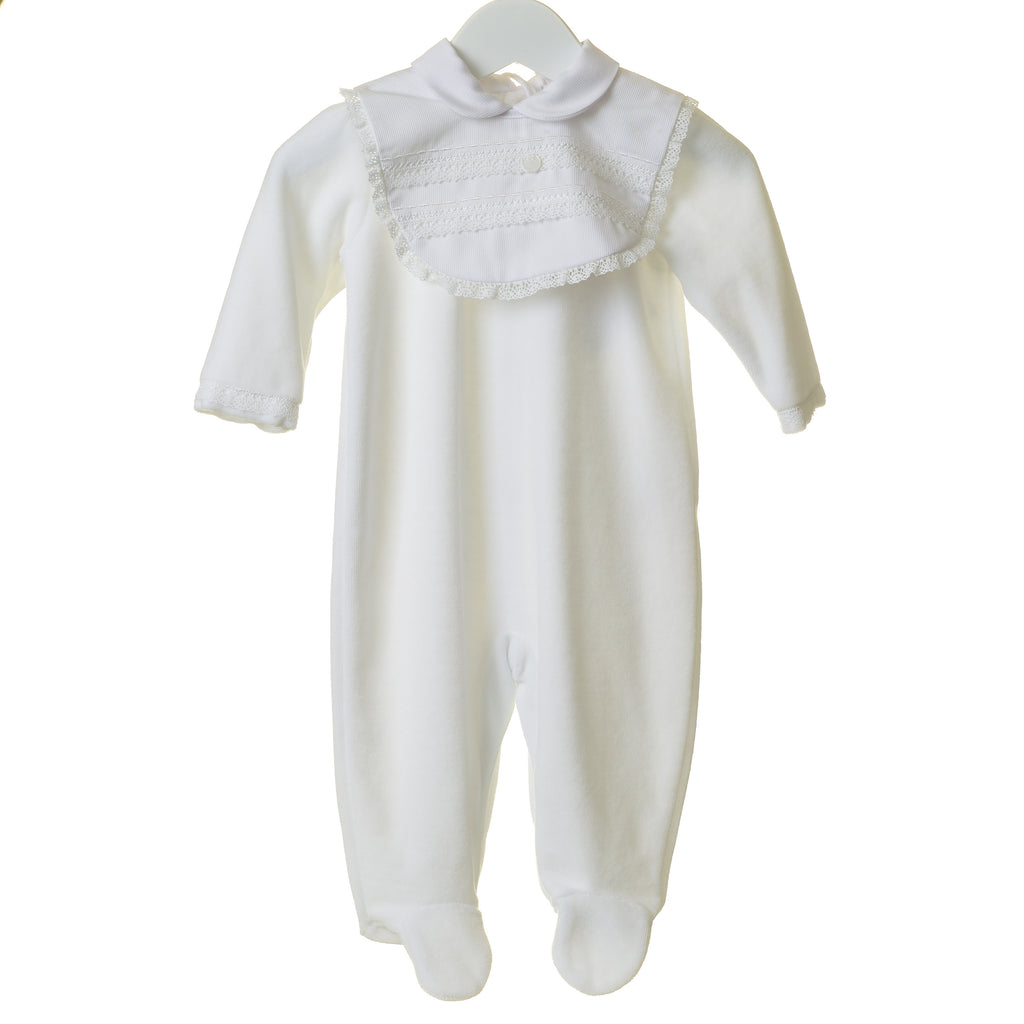 TT0211 - WHITE UNISEX VELOUR SLEEPER WITH REMOVABLE BIB (6PCS)