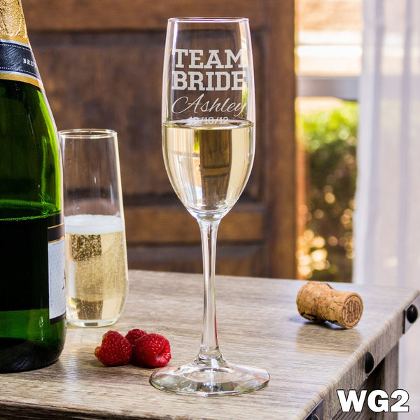 Etched Champagne Flutes Team Bride - Design: WG2
