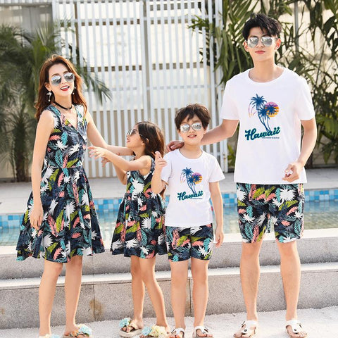 Family Matching Fun Beach Set - dresslikemommy.com