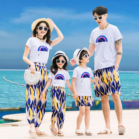 Family Matching Sunny Beach Outfit-Family Matching-dresslikemommy.com
