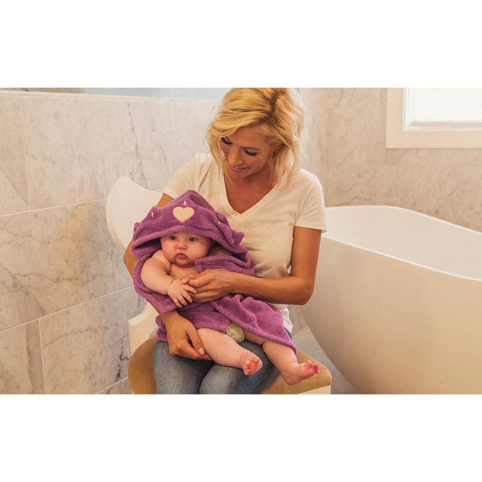 Queen Hooded Towel (Infant to Adult Sizes) | www.mylittlebabybug.com