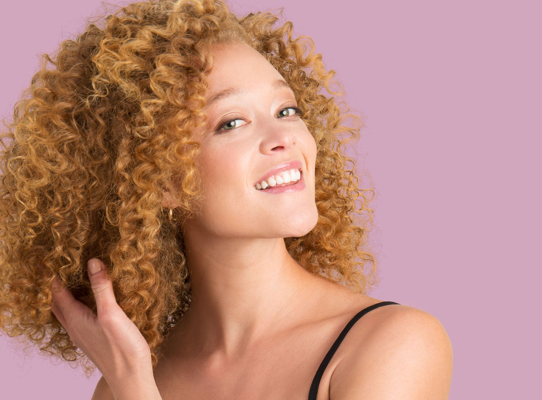 Girl with Curly Hair after applying the Xtava products