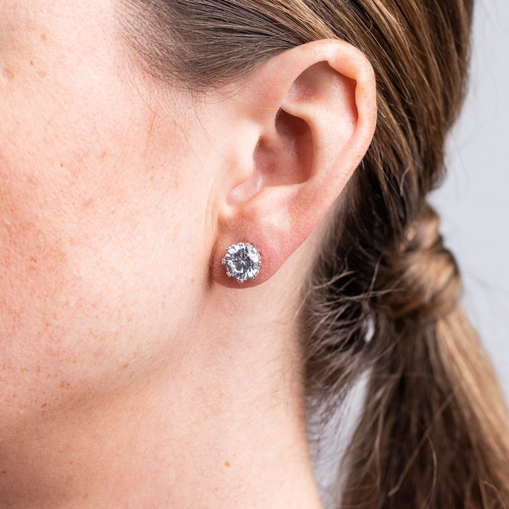 Crown Prong Studs