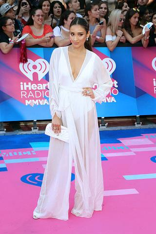 Shay Mitchell 2017 Much Music Video Awards - Mixed Wide Tiered Ring